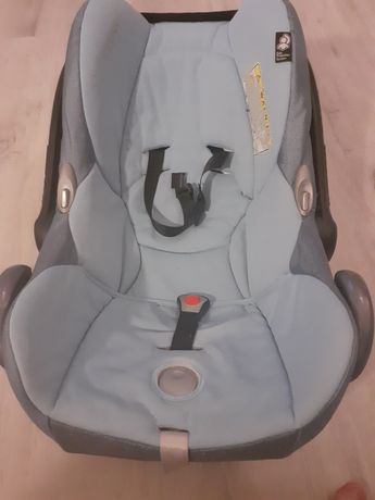 Sprzedam nosidlo fotelik samochodowy