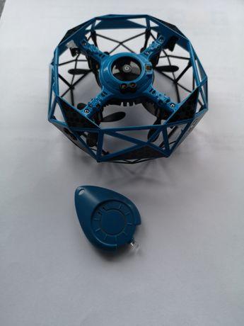 Dron zabawkowy
