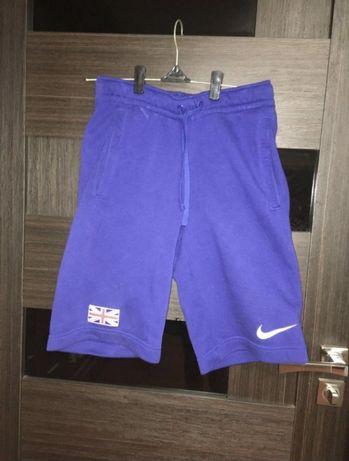 шорты Nike СРОЧНО!