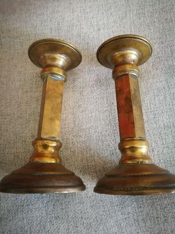 Castiçais em bronze