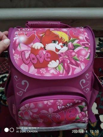 Рюкзак школьный каркасный с  ортопедической спинкой