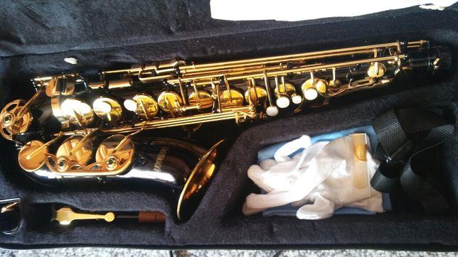Saksofon  Ammon nowy