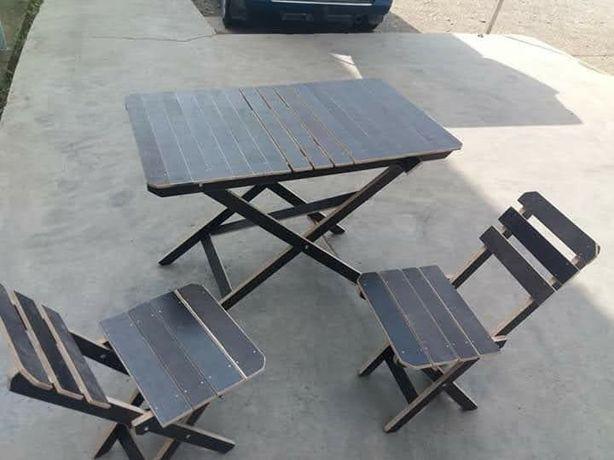 Продам комплект дорожній стіл.стільці