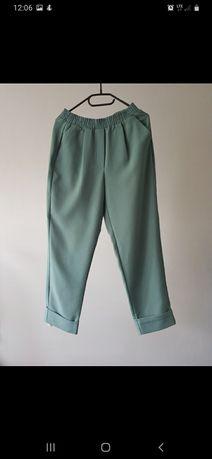 Luźne spodnie w morskim kolorze