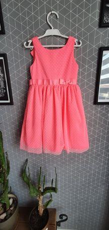 Sukienka 116 różowa stan idealny