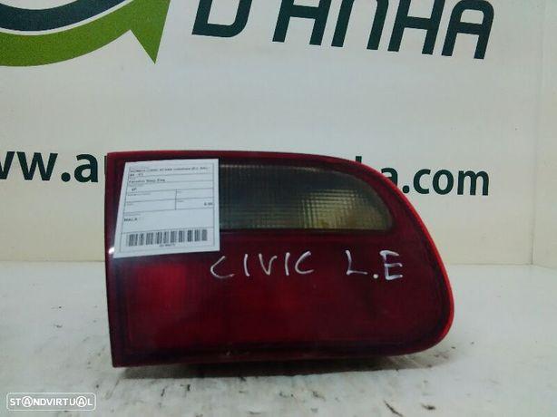 Farolim Stop Esq Honda Civic Vi Três Volumes (Ej, Ek)