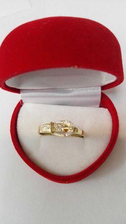 Oryginalny złoty pierścionek z diamentem, próba 585, rozm. 22
