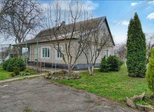 Продам дом с персиковым садом в Елизаветовке