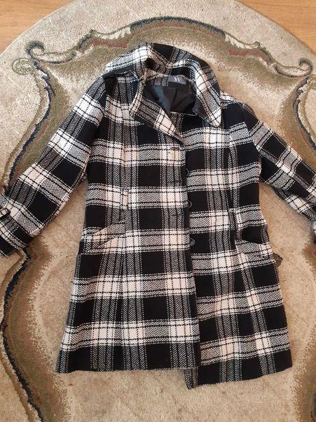 Wiosenny płaszcz w elegancką kratę BARDZO duży rozmiar
