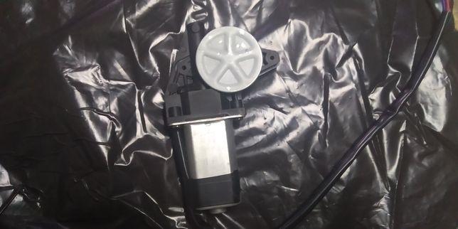Электродвигатель стеклоподъёмника