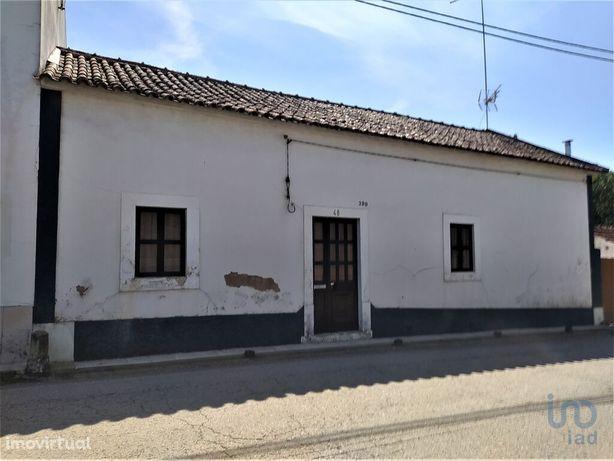 Moradia - 60 m² - T2