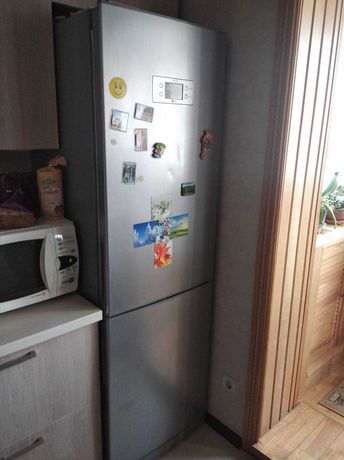 Холодильник двухкамерный LG 3700 торг