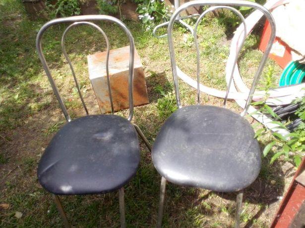 Krzesła barowe,kuchenne oddam za 0,5 Białą Żubrówkę.
