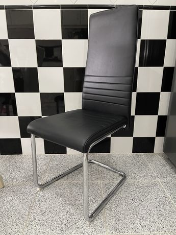 Cadeira Pele Preta