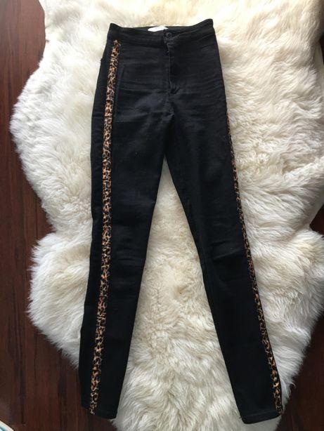 Spodnie z Bershka, rozm. 34