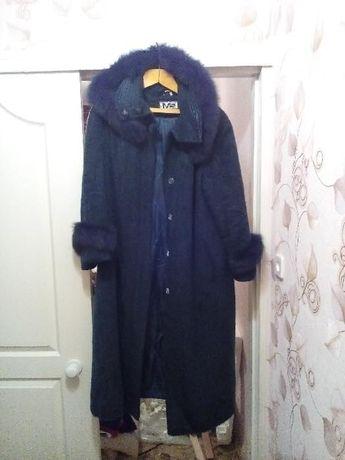продам пальто женское зимнее р.52-54