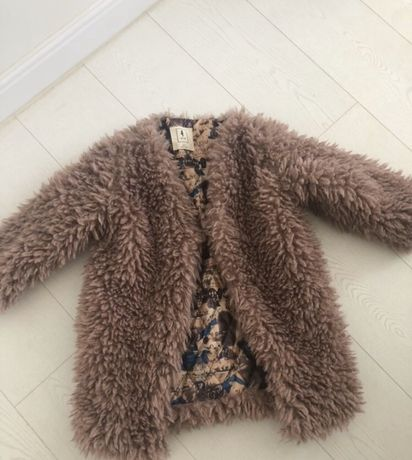 Куртка -шубка 134-140 пальто