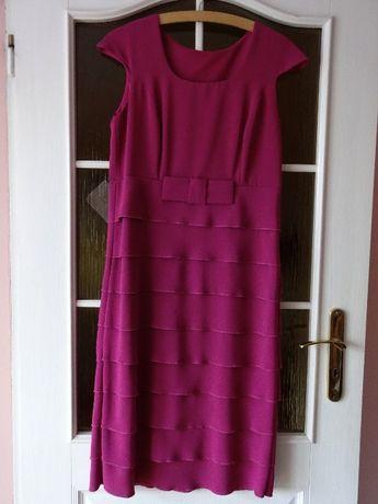 Sukienka z krotkim rękawem