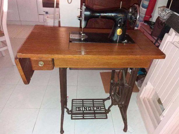 Vende-se máquina de costura singer de 1946