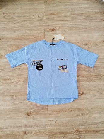 Nowy t-shirt Bershka Baby blue naszywki