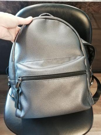 Рюкзак сірий жіночий