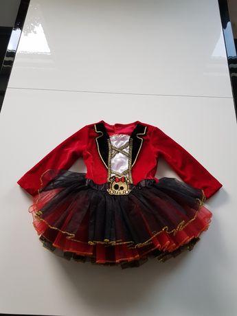 Sukieneczka na Halloween.