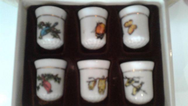 Colecção de 6 dedais em porcelana
