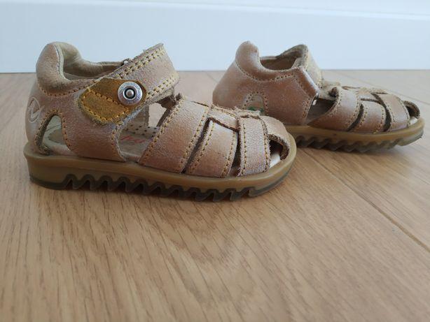 Sandałki sandały skórzane że skóry Naturino 21
