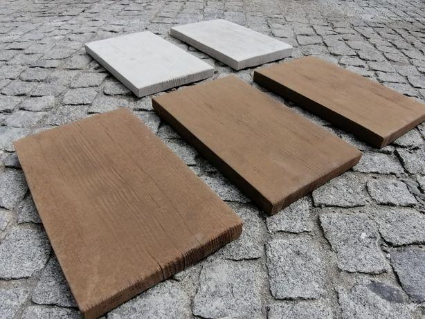 Passos de jardim em cimento