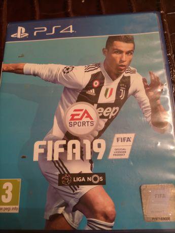 Jogo  de  PS4 FIFA 19