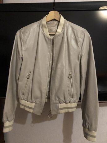 Продам кожаную куртку Actor's.
