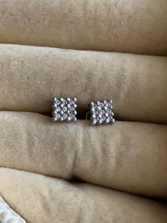 Серьги винтики пуссеты с бриллиантами