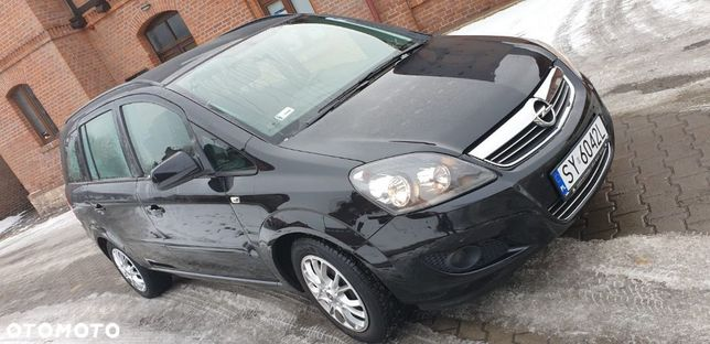 Opel Zafira Opel Zafira zadbana bez wkładu finansowego