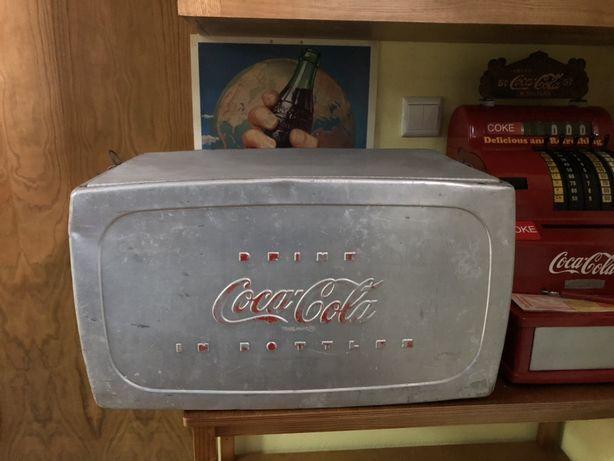 Geleira. Campismo. Coca cola. USA