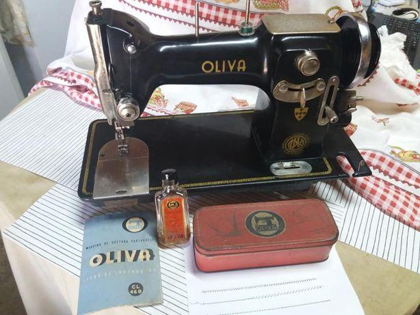 Oliva 46B com manual, caixa e garrafa de óleo originais