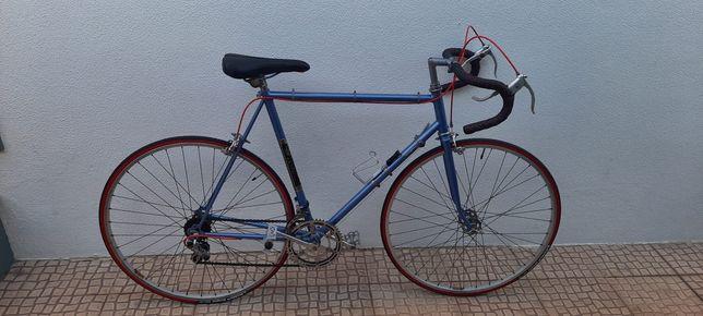 Bicicletas ciclismo colecção restauradas