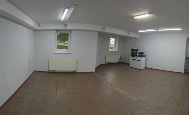 Вигідне приміщення у центрі Сихова