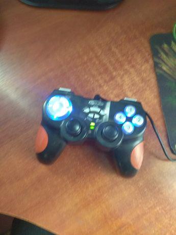 Продам игровой джойстик с подсветкой