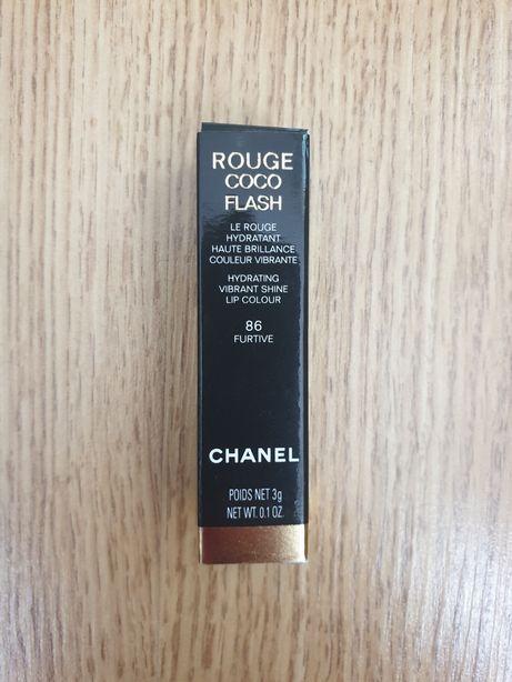 Szminka Chanel rouge coco flash