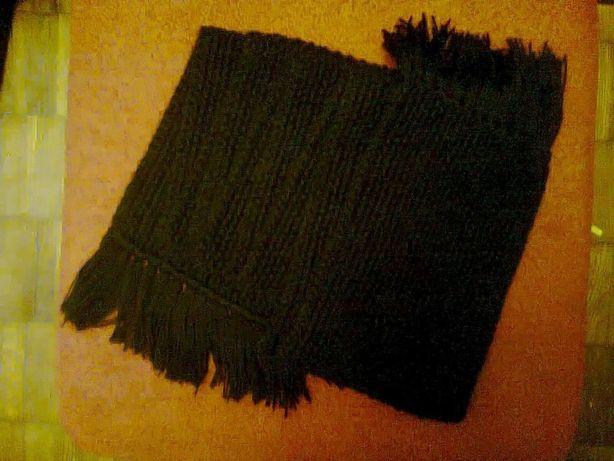 Шерстяной шарф (ручная вязка)
