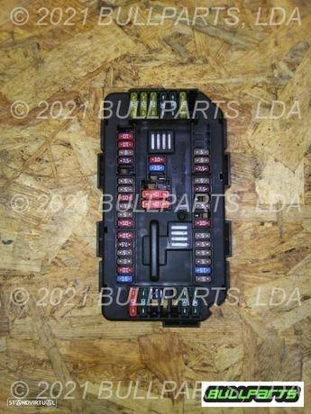 1068_8710 Caixa De Fusiveis Bmw 1 Series Diesel Hatchback 118d