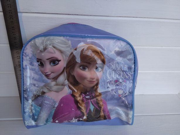 Лаковая косметичка пенал Анна и Эльза Холодное сердце Дисней Disney
