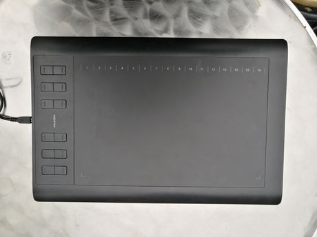 Tablet graficzny Huion 1060 plus