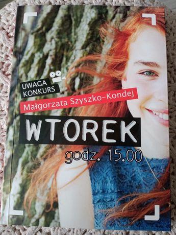 """Książka """"Wtorek godz.15"""""""