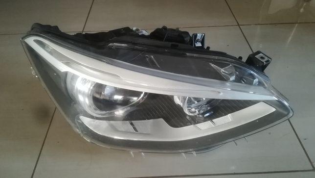 Lampa prawa przednia przód BMW 1 F20 Xenon