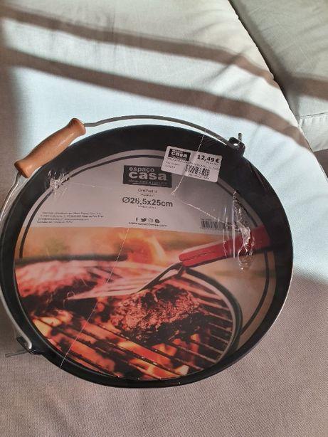 Balde churrasco com equipamento BBQ (novo, na embalagem)