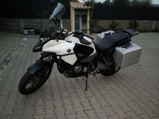 Honda VFR Cross tourer1200