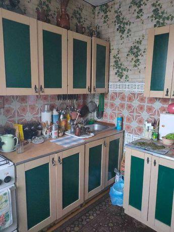 Продам 2-ю квартиру  Радужная 4,  1-й этаж