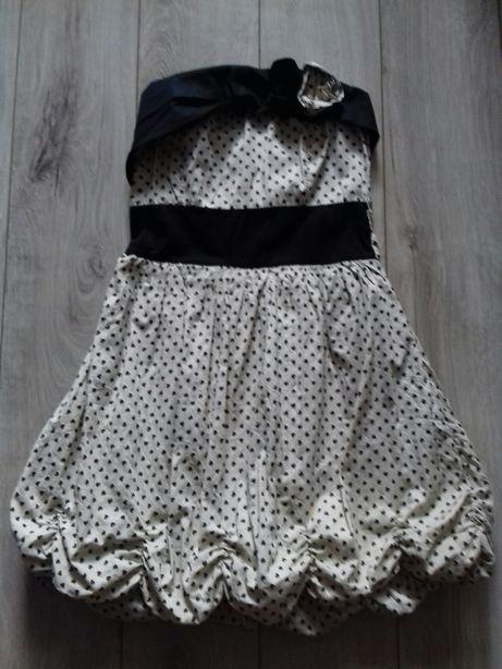 Sukienka 152-158 śliczna