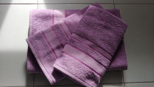 Махровые полотенца. Полотенца. Набор полотенец.